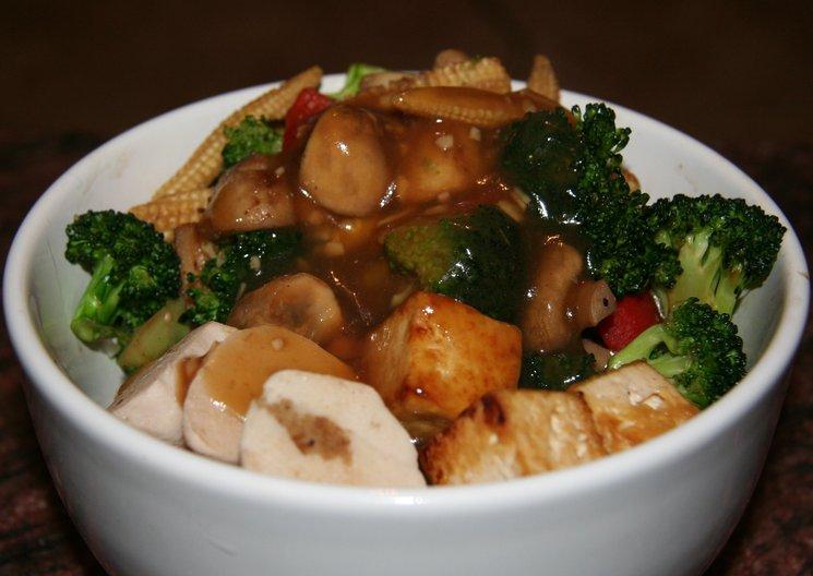 Buddha bowl (sauced)