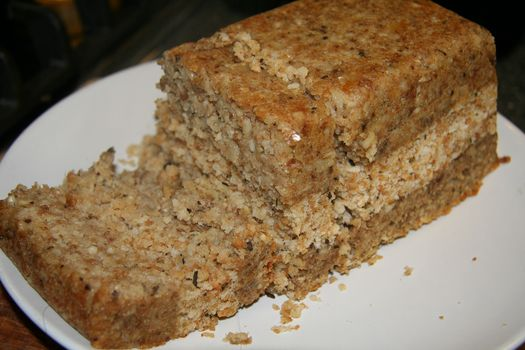 cashew nut roast with herb stuffing 1