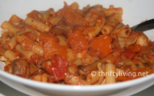 Macaroni with sauteed veg